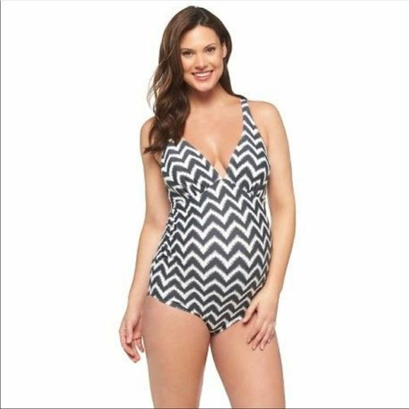 4da9fc08dd478 Liz Lange for Target Other - Liz Lange Maternity Chevron Swimsuit, Size XL  EUC